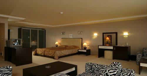 هتل آدمیرال وارنا