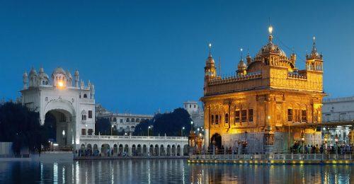 معبد طلایی هند در آمریتسار