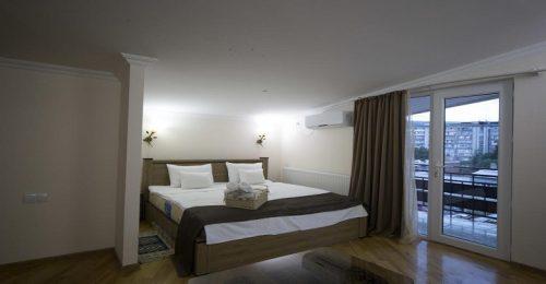 هتل لاگین بوتیک گرجستان