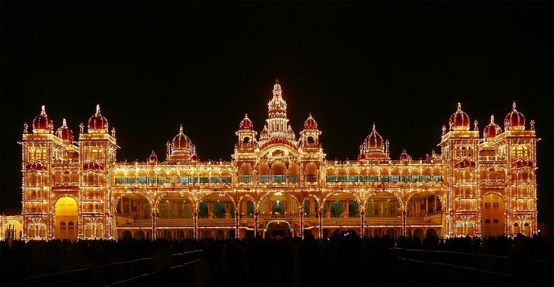 عکس کاخ میسور در هند